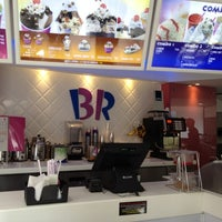 Photo taken at Baskin Robbins by Maykel F. on 4/8/2012