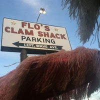 Photo taken at Flo's Clam Shack by Larry L. on 7/10/2012