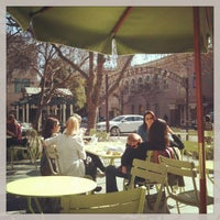 Photo taken at La Boulange de Palo Alto by Leen D. on 2/12/2013
