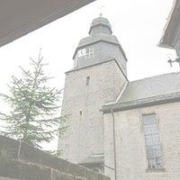 Das Foto wurde bei St. Laurentiuskirche von Ulli N. am 10/28/2013 aufgenommen