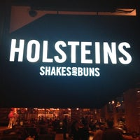 Photo taken at Holsteins Shakes and Buns by Timo U. on 9/18/2013
