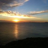 Foto tirada no(a) Punta Ballena por Mapii S. em 3/24/2013