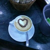 Photo taken at Giramondo Caffé by Ricardo A. on 7/2/2013