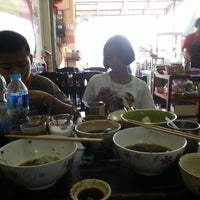 Photo taken at Yakyai Noodle by Pakdee S. on 4/2/2013