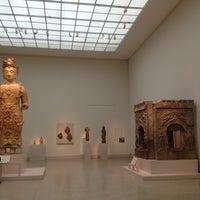 2/20/2013 tarihinde Emi L.ziyaretçi tarafından Asian Art'de çekilen fotoğraf