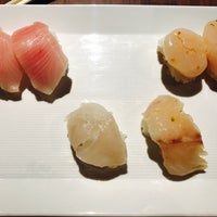 Foto tirada no(a) Sugarfish por Maggie Y. em 4/15/2017