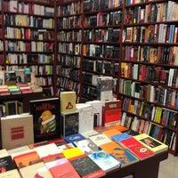 Foto tomada en Libreria Communitas por Pao M. el 5/19/2013