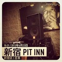 Photo prise au 新宿 PIT INN par Perez I. le6/23/2013