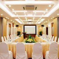 Photo taken at Oscar Saigon Hotel Ho Chi Minh City by Lam T. on 9/3/2013