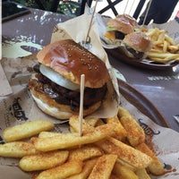 7/13/2018 tarihinde NEREYE G.ziyaretçi tarafından Daily Dana Burger & Steak'de çekilen fotoğraf