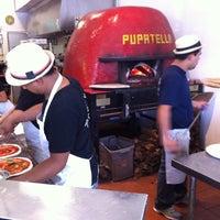 Foto scattata a Pupatella Neapolitan Pizza da Heather B. il 7/6/2013