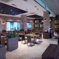 1/4/2018 tarihinde Çakıl Restaurant - Ataşehirziyaretçi tarafından Çakıl Restaurant - Ataşehir'de çekilen fotoğraf