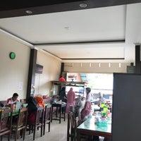 Photo taken at Bubur Ayam Jakarta by Muhammad A. on 11/26/2017