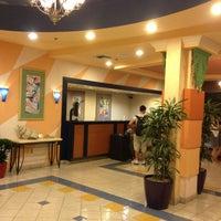 Photo taken at Orlando Vista Hotel by Lucio Henrique M. on 5/2/2013