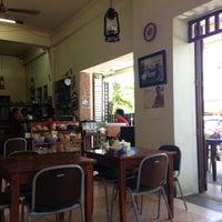 Photo taken at Kios Lagaligo by Monaamirh on 4/17/2013