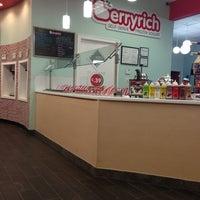 Photo taken at Berryrich Frozen Yogurt by Ferney L. on 2/26/2013