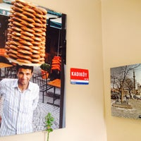 Photo prise au Café Istanbul Bistro par Meryem E. le3/30/2017