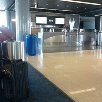 Photo taken at Gate H15 by Jessica P. on 4/4/2013