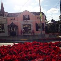 Photo taken at Sunset Laurel Plaza by Glitterati Tours on 12/14/2014