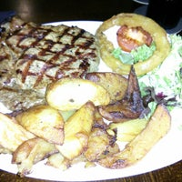 Снимок сделан в The Soulville Steakhouse пользователем Wen Jie L. 5/12/2013