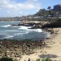 3/9/2013 tarihinde Olivia C.ziyaretçi tarafından George's at The Cove'de çekilen fotoğraf