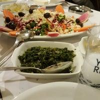 Das Foto wurde bei Alkanat Restaurant von 😎 GOLD 😎 B. am 2/21/2018 aufgenommen