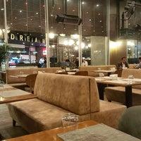 10/16/2017 tarihinde Recep Ö.ziyaretçi tarafından Park Inn by Radisson Istanbul Ataturk Airport'de çekilen fotoğraf