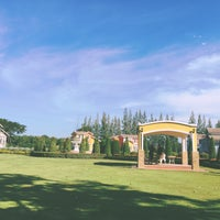 Photo taken at Phuphet Resort Khaoyai-Pakchong Hotel by (❂◡❂).。.:*🌸Lomotakky🌸 J. on 12/14/2014