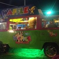 รูปภาพถ่ายที่ Waffle avcilari kumburgaz โดย ⭐aylin ⭐. เมื่อ 8/2/2014