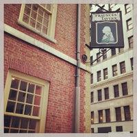 Photo taken at Fraunces Tavern by Leonardo Tiberius ⛵ on 6/28/2013