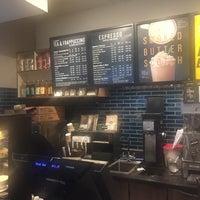 Foto tomada en Starbucks por Ricardo F. el 2/11/2018