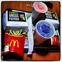 Photo taken at McDonald's by Carlson M. on 11/25/2012