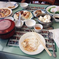 Photo taken at S. W. Chinese  Seafood And BBQ by Max M. on 11/10/2014