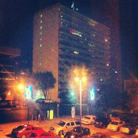 Photo taken at Motel 6 by Sy O. on 8/26/2013