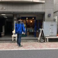Das Foto wurde bei 旅の本屋 のまど von Yoko O. am 6/5/2015 aufgenommen