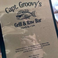 Photo taken at Captain Groovy's Grill and Raw Bar by ℳăttℎℇⓌ ♔. on 12/11/2017