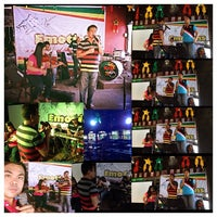 Photo taken at Reggae Moon Bar and Resto by Francis B. on 11/29/2013