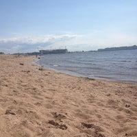 Photo taken at Пляж в Парке 300-летия by Катя🐾 В. on 7/8/2013