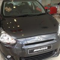 Photo taken at Mitsubishi Motors, Jalan Pahang, Setapak by Yeo S. on 2/23/2013