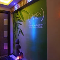 Foto tomada en Space Day Spa  por Hatice el 9/19/2017