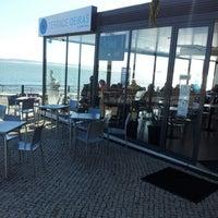 Foto tirada no(a) Terrace Oeiras por Ricardo S. em 2/7/2013