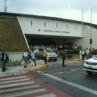 2/18/2013 tarihinde Daniel A.ziyaretçi tarafından Tropical Hotel Tambaú'de çekilen fotoğraf