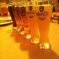 Снимок сделан в «Хряк» / Дім пива та м'яса пользователем Алёнка С. 5/21/2014