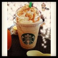 Photo taken at Starbucks by Gwgw M. on 7/31/2013
