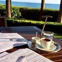 Photo taken at Mersin Hilton Lobby Lounge by Aslı K. on 11/7/2017