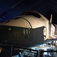 Photo prise au Space Shuttle Pavilion at the Intrepid Museum par David M. le12/30/2014