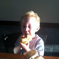 Photo taken at Dunkin Donuts by Yasmin H. on 10/4/2012