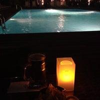 9/14/2013 tarihinde Deniz E.ziyaretçi tarafından Pool Pub'de çekilen fotoğraf