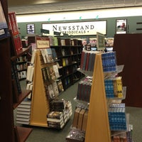 Photo taken at Barnes & Noble by Carissa M. on 2/17/2013