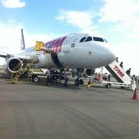 Photo taken at Aeroporto de Caldas Novas (CLV) by Cecilia Beatriz N De T. on 2/21/2013